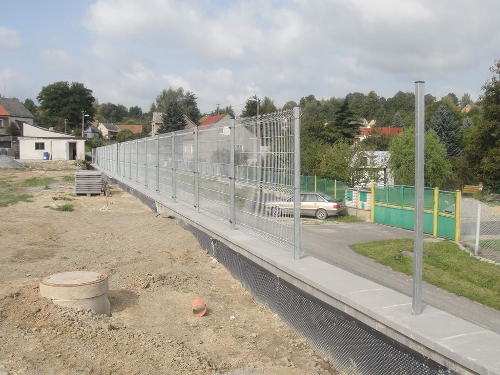 rynholec-hriste-umely-travnik-077